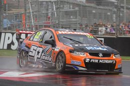 Percat wins Clipsal 500