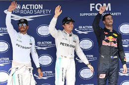 Lewis Hamilton wins the Hungarian Grand Prix