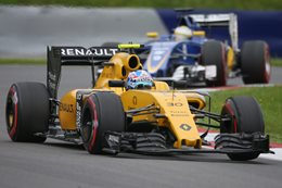 Renault F1 racing car