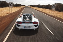 Porsche 918 Hybrid in the Northern Territory