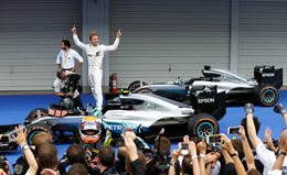Nico Rosberg celebrates win at Japanese F1 Grand Prix