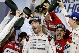Porsche and Audi WEC teams celebrating win