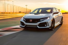 2017 Honda Civic Type R priced at $50,990, targets Focus RS