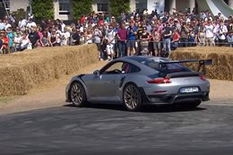 Porsche 911 GT2 RS goodwood MAIN