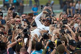 Lewis Hamilton wins 2017 British Grand Prix 6_Hamilton_main.j