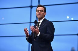 James Murdoch appointed to Tesla board_main