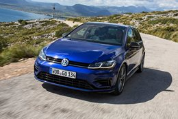 2017 Volkswagen Golf R, Golf GTI and Golf 110TDI wagon updates announced