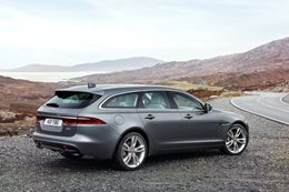 XF Jaquar Sportbrake on its way to Australia