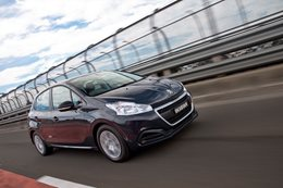 Peugeot drops 208 and 2008 pricing