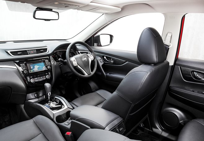Nissan X Trail first drive interior photo