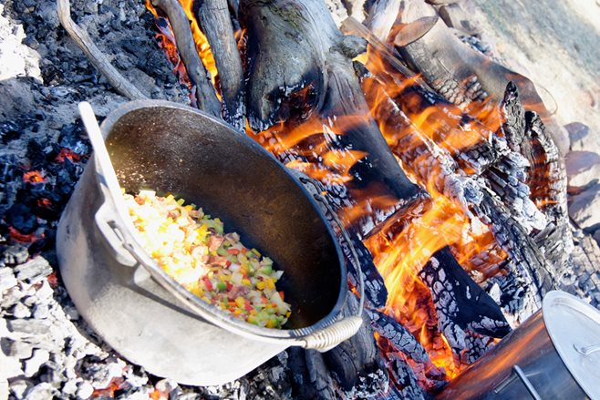 Dirty Work: 2015 Tasmanian Campfire Cook Off