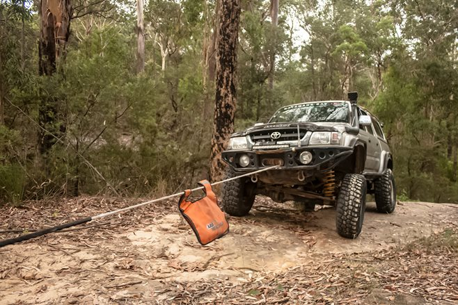 4X4 recovery guide: winching