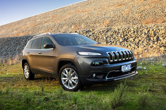 fca recalls jeep cherokee and renegade models 4x4 australia. Black Bedroom Furniture Sets. Home Design Ideas