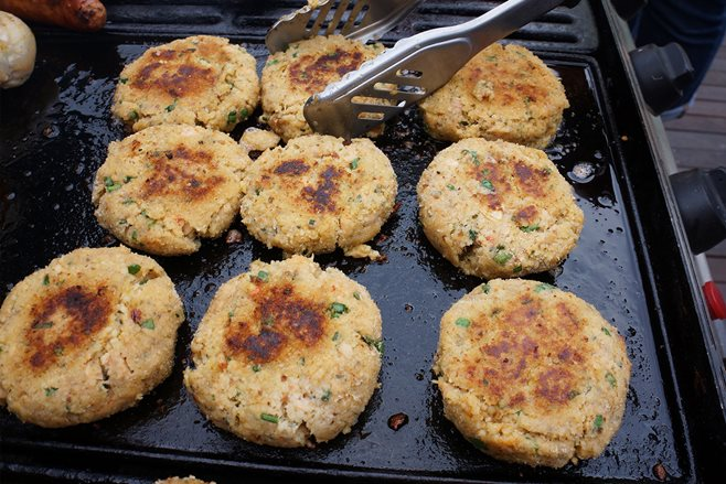 Recipe: Moroccan flavoured salmon and couscous patties