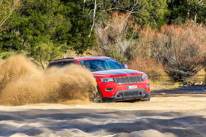 2017 Jeep Grand Cherokee Trailhawk 1