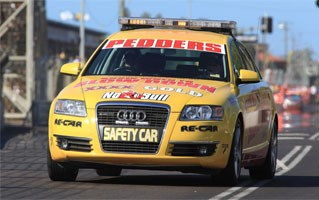 No blame yet for Phillip Island safety car bedlam