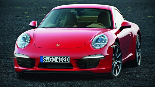 New Porsche 911 breaks out