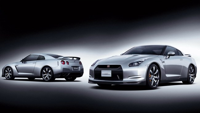Performance Car Cup 2011 Winner! Nissan GT-R