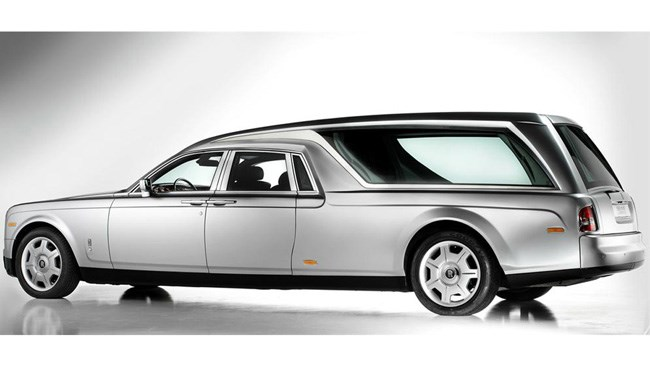 Rolls Royce hearse lets you leave in style