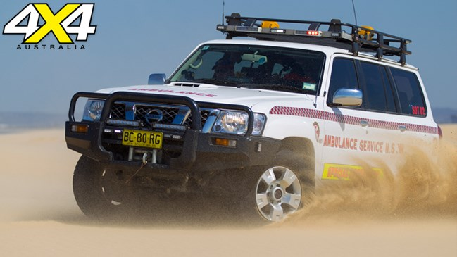 4x4 magazine, australia, four-wheel drive, jan 2013, Para Troops, paramedic training goes into action with a night-time rescue and sand-driving on Stockton Beach