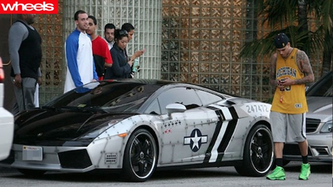 Chris brown, bugatti, veyron, expensive, porsche, ferrari, audi, viper, wheels
