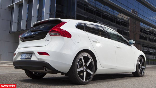 Review: Volvo V40, 2013, Wheels magazine, new, interior, price, pictures, video