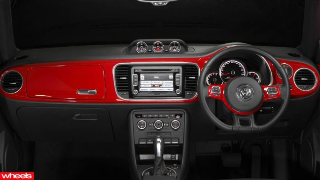 Review: VW, Beetle, 2013, Wheels magazine, new, interior, price, pictures, video