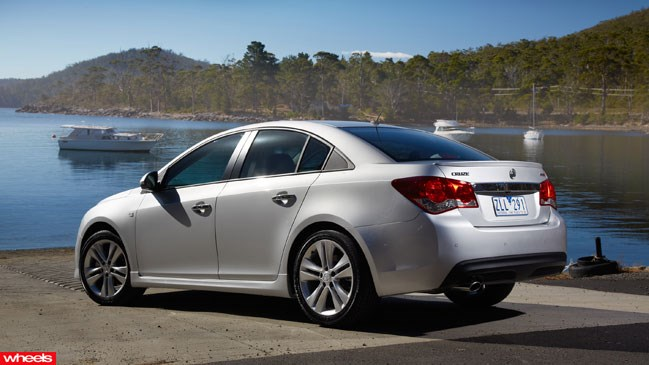 Review: Holden Cruze, Wheels magazine, new, interior, price, pictures, video