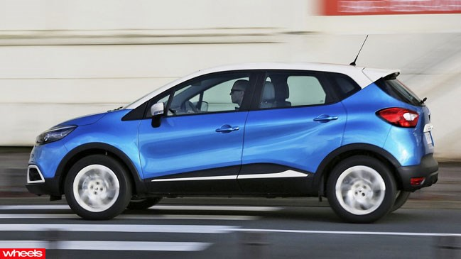 Review, Renault, Captur, 2013, Hungary, review, price, test drive, specs