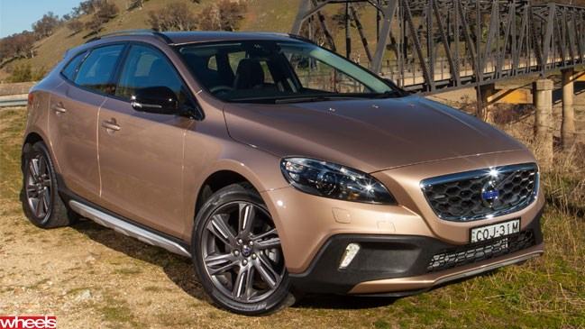 Volvo V40 XC, review, Wheels, magazine, 2013, Australia, small, SUV