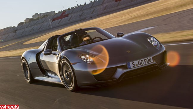 Wheels magazine, Porsche 918, Spyder, Valencia, first drive, exclusive, production