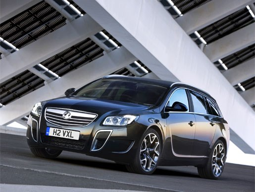 Vauxhall Insignia VXR Sports Tourer - Image 2