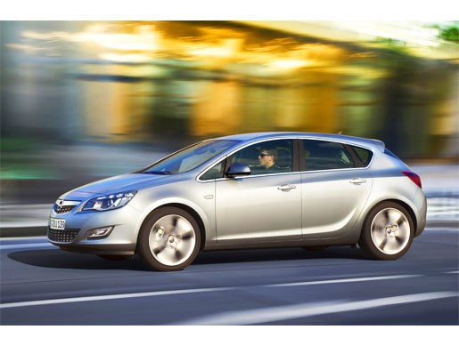 Leaked! Again! 2010 Opel Holden Astra - Image 8