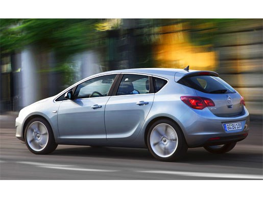 Leaked! Again! 2010 Opel Holden Astra - Image 9
