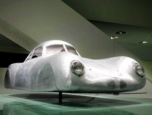 The new Porsche museum - Image 6