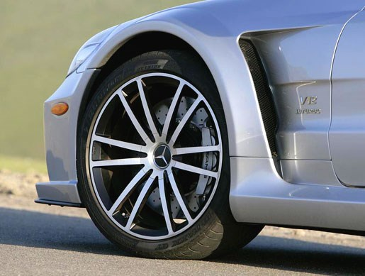 Merc SL65 Black Series - Image 19