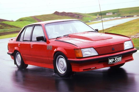 HDT Commodore VH SS Group III