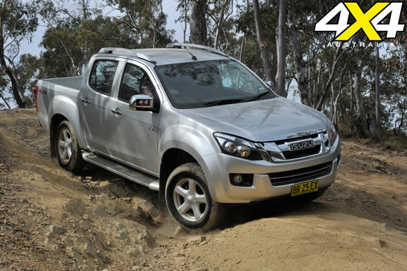 ISUZU D-MAX<br>Breaking new ground: 5.5/10