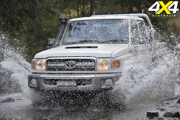 TOYOTA LC DOUBLE-CAB 79 | Built tough: 8.5