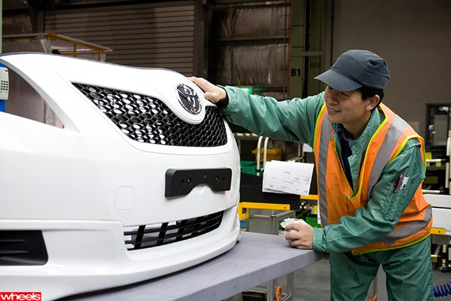 Toyota to leave Australia by 2017