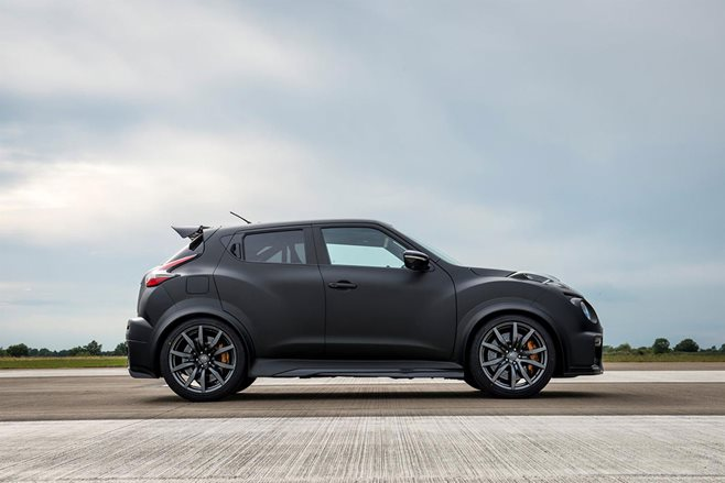 Nissan Juke-R 2.0 revealed at Goodwood