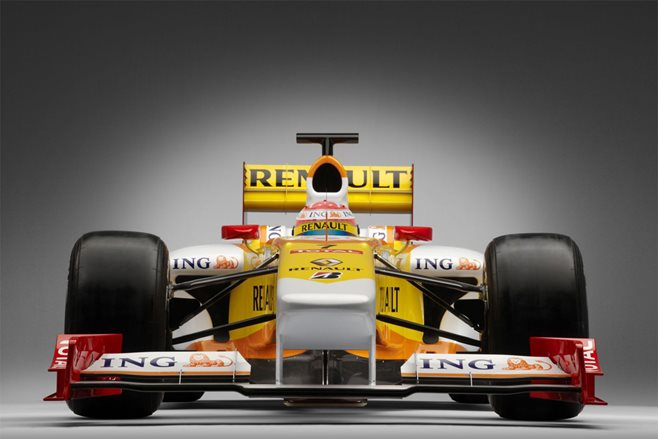 Renault returns to F1