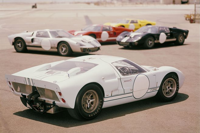 Ford GT historic images