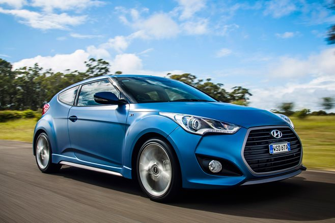 Hyundai Veloster Turbo SR + review