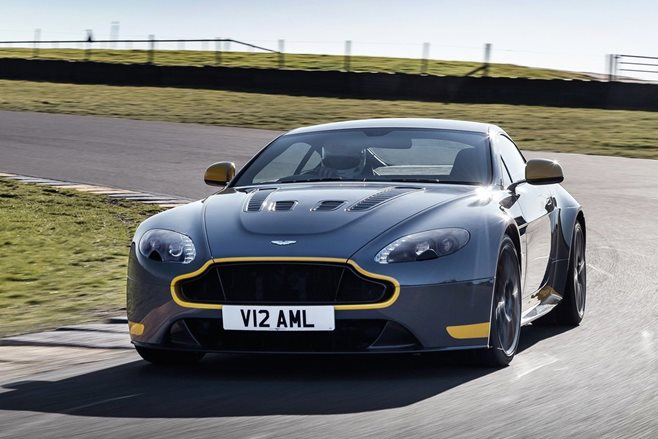 Aston Martin V12 Vantage S adds seven-speed manual