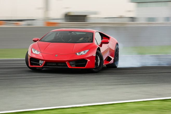 Lamborghini Huracán LP 580-2 review