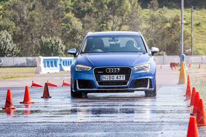 Wet Braking Test - MOTOR Performance Tyre Test 2016