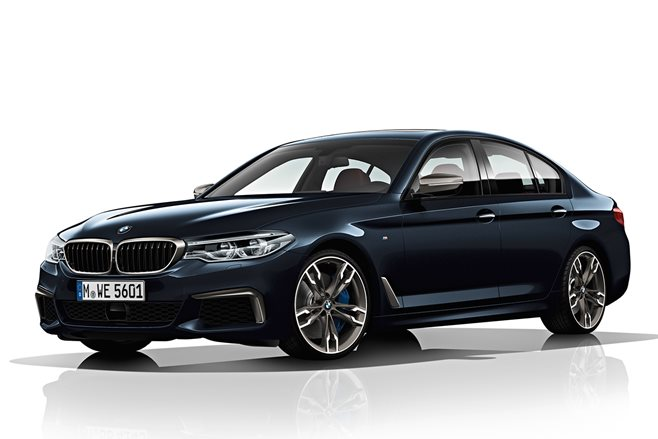 BMW M550i xDrive revealed