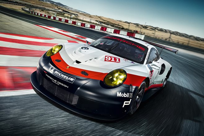 2017 Porsche 911 RSR goes mid-engine