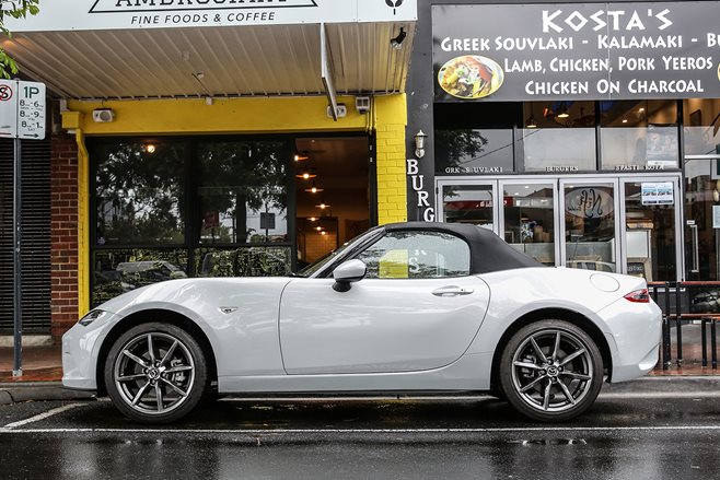 2016 Mazda MX-5 long term review p1